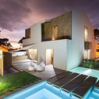 Những bể bơi trong nhà đáng mơ ước